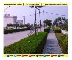 Omaxe Silver Birch Mullanpur 3bhk floors Price 95O1O318OO