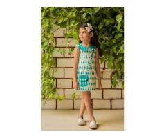 Designer clothes for girls at Mirraw in lowest cost
