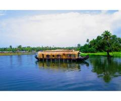Enjoy the Alluring Backwaters of Kerala | Lifemadeasy Holidays